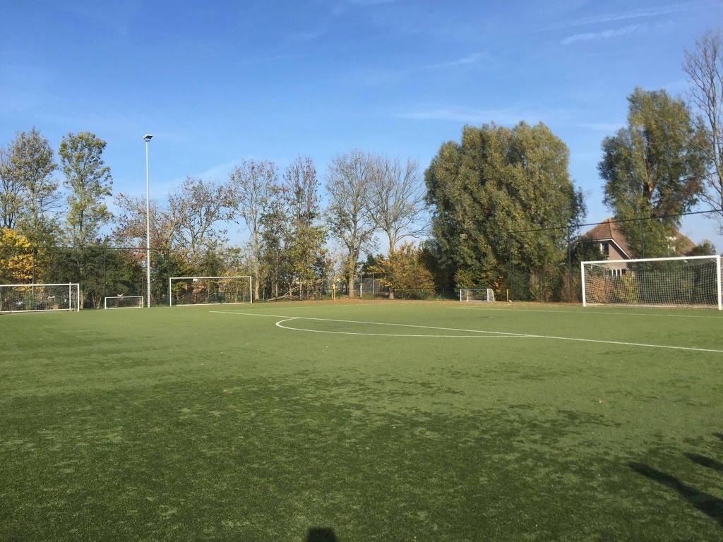 オランダでサッカースクール